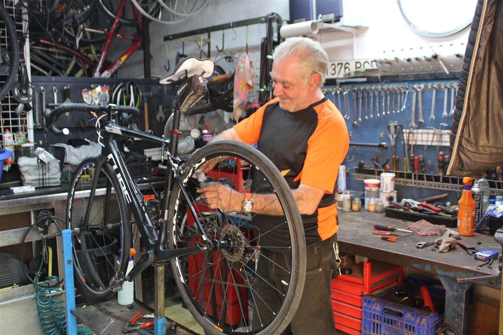 nombres para taller de bicicletas